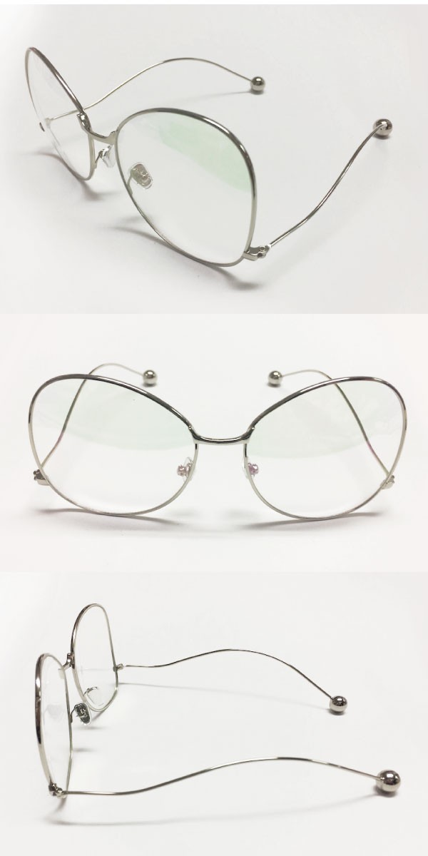 近未来的な変形フレームメガネ