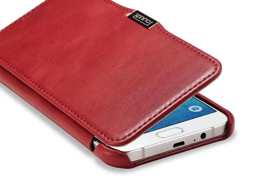 GALAXY A8 カード収納付きビンテージレザーケースの赤のケース下部
