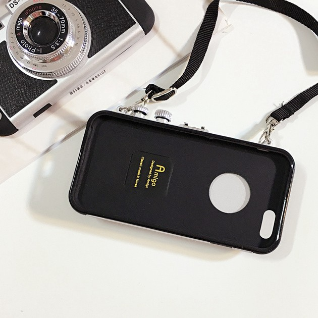 立体カメラ型iPhone6/6s/6plusスマホケースのスマホ取り外し時