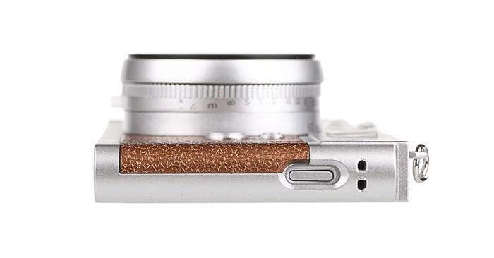 立体カメラ型iPhone6/5/5sスマホケースのケース上部