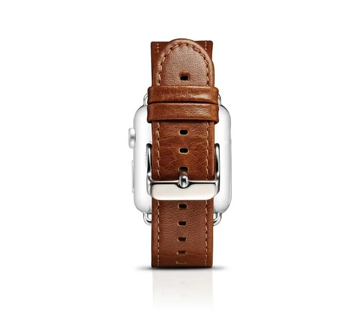 apple watch 高級本革ベルトの留め具アップ