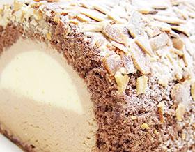 小樽トーイズスウィートのショコラプリンロールケーキ