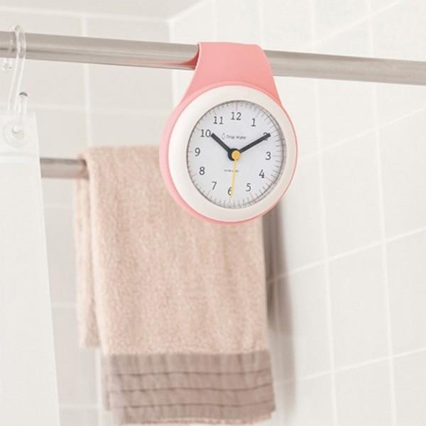 カーテンレールに取り付けたお風呂用時計