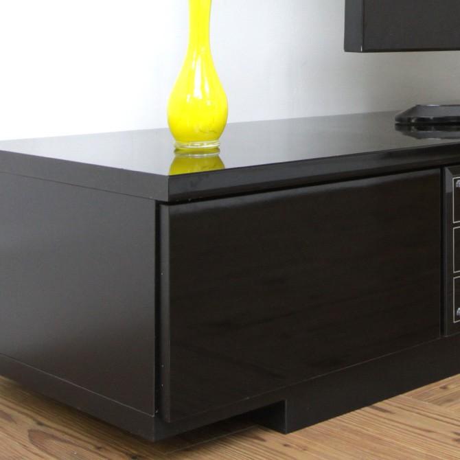 ローボードテレビ台 ノエル 幅180cm外観を損なわないシンプルなデザイン