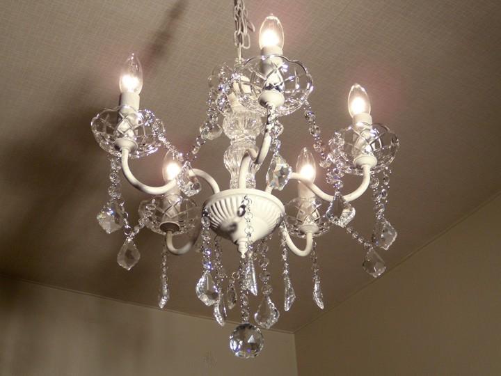 5灯 シャンデリア ガラスビーズ ホワイト