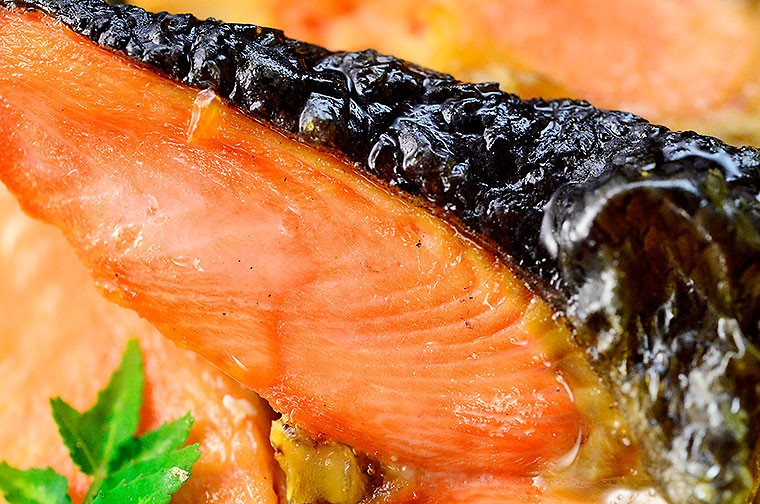 訳あり 銀鮭 さけ の切り落とし 無塩 たっぷり1キロ キャッシュレス5%還元ginsakekiri1000g1-3