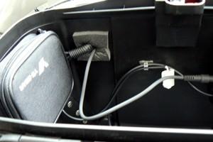 バイクへのアンテナ・無線機の取り付け例