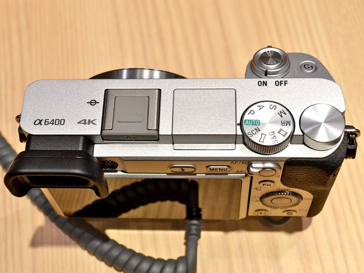 カメラ:ソニーミラーレス一眼「α6400」 レンズ:ソニー「E 18-135mm F3.5-5.6 OSS」