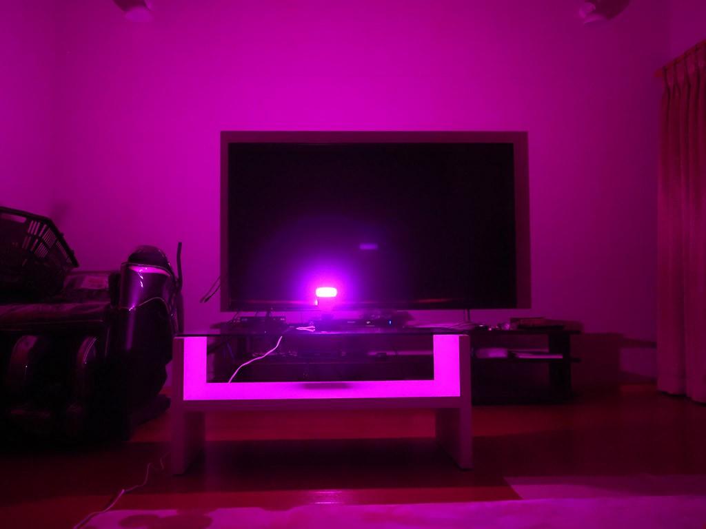 ピンクの明かり