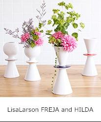 """スウェーデンの陶芸家LisaLarsonがデザインする花器"""" FREJA&HILDA""""。"""