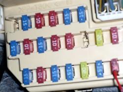 12V配線に接続
