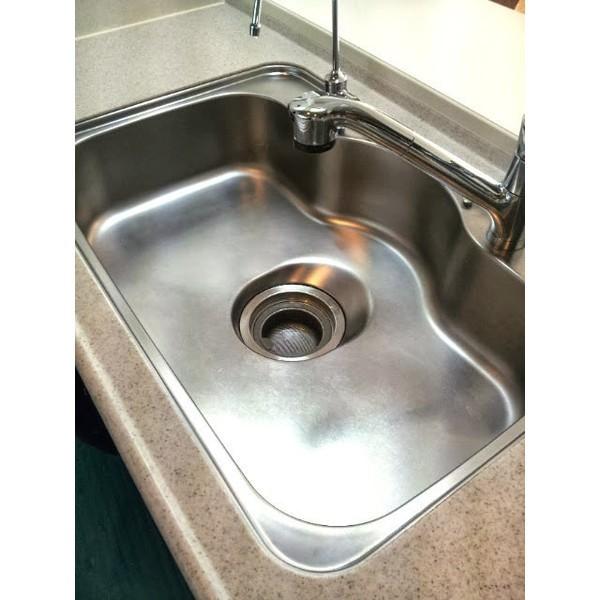 キッチン ステンレス製シンクの黒ずみ・水垢落とし・磨き掃除に耐水サンドペーパー