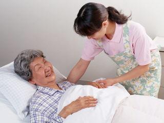 ※介護施設や養護老人ホーム、病室に。糞尿、アンモニアなどの悪臭分解、オムツ・パンツ交換時や寝具交換時の消臭除菌に。