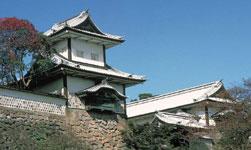 金沢城公園 秋の石川門