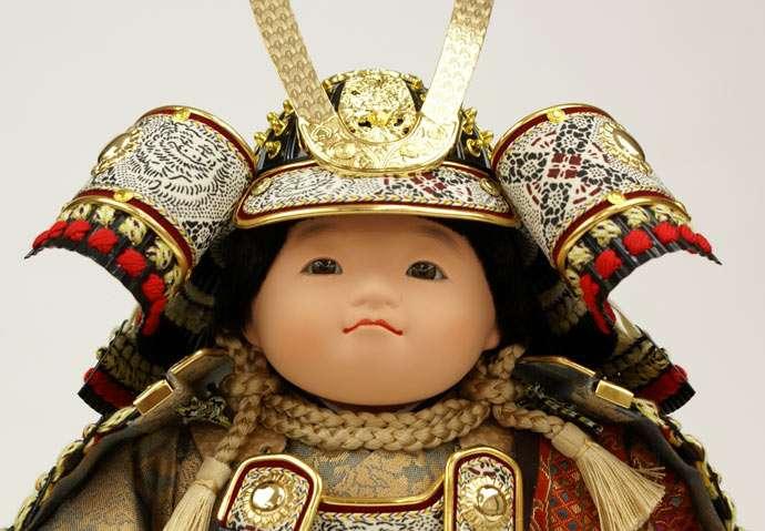五月人形 五月節句飾り 平飾り 武者人形 子供大将 (鎧姿) 人形工房天祥オリジナル 五月人形・健ちゃんシリーズ 「健 (鎧着・褄取)」 (正絹糸縅仕立)画像2
