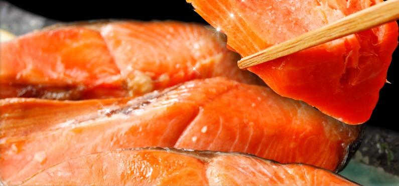 他の鮭では味わえない、最高級の「紅の味」!