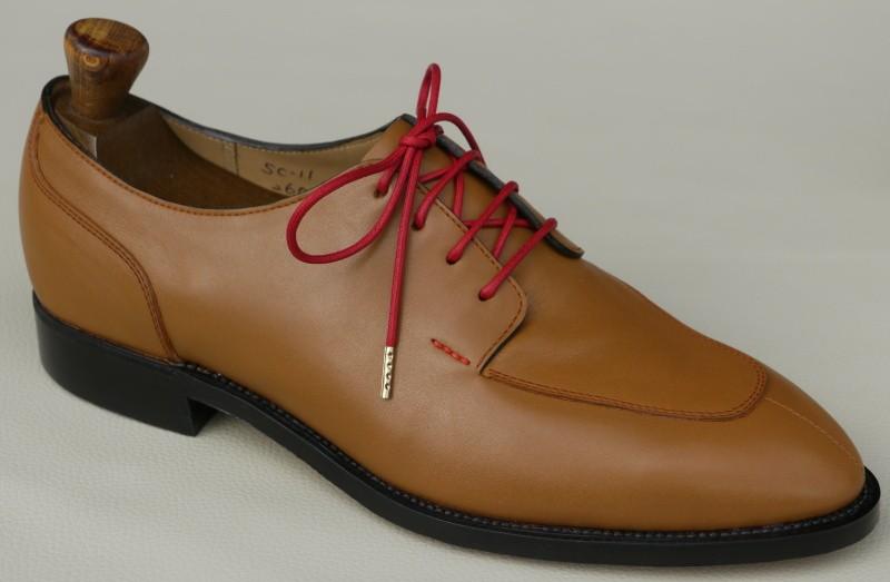 SC-11・新品の靴木型・ラスト・メンズ用ロングノースラストで底面に鉄板がないハンドソーンウェルテッド製法に適した靴木型