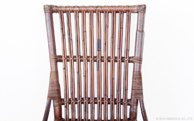 アジアンスタイルなお部屋にはもちろん、北欧、ミッドセンチュリー、モダン、ナチュラル、カントリー、アンティーク、ヴィンテージ、どんなお部屋にも合わせ易い落ち着いたデザインの椅子です