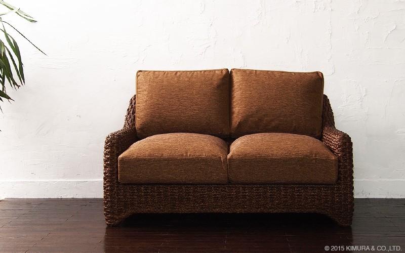 お部屋にアクセントをスパイス。アジアン家具アクビィ「スパイス」シリーズのインテリアです。お部屋のコーディネートに加える事で、いつもの生活の雰囲気を引き立て、より味わい深いこだわりのインテリア空間に。