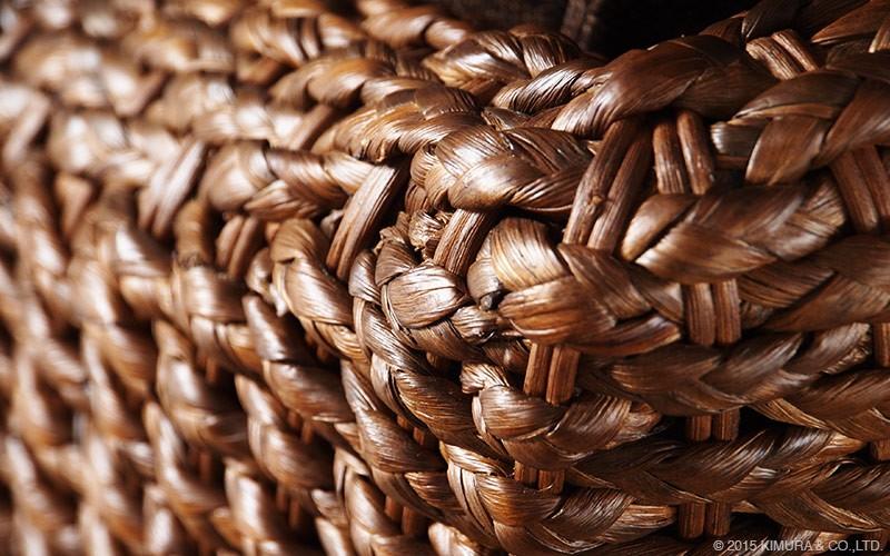 アジアンナチュラルスタイル。ウォーターヒヤシンス(水草)を編み上げた1人掛けソファです。