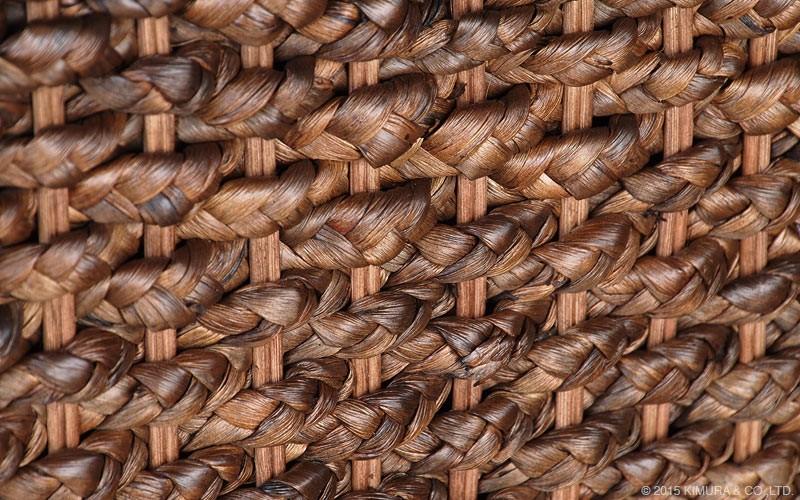 アジアンナチュラルスタイル。ウォーターヒヤシンス(水草)を編み上げた3人掛けソファです。