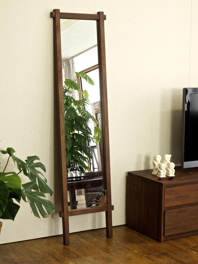 お部屋をインドネシア、バリ島のリゾートな癒しのリラックスインテリア空間に。アジアン家具@CBi(アクビィ)こだわりのチーク無垢木製スタンドミラーです