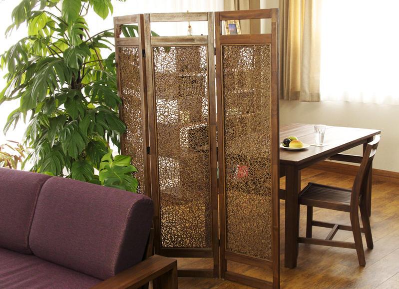 お部屋をインドネシアのバリ島のリゾートな癒しのインテリア空間に。アジアン家具acbi エスニックな魅惑のアジアンパーティション
