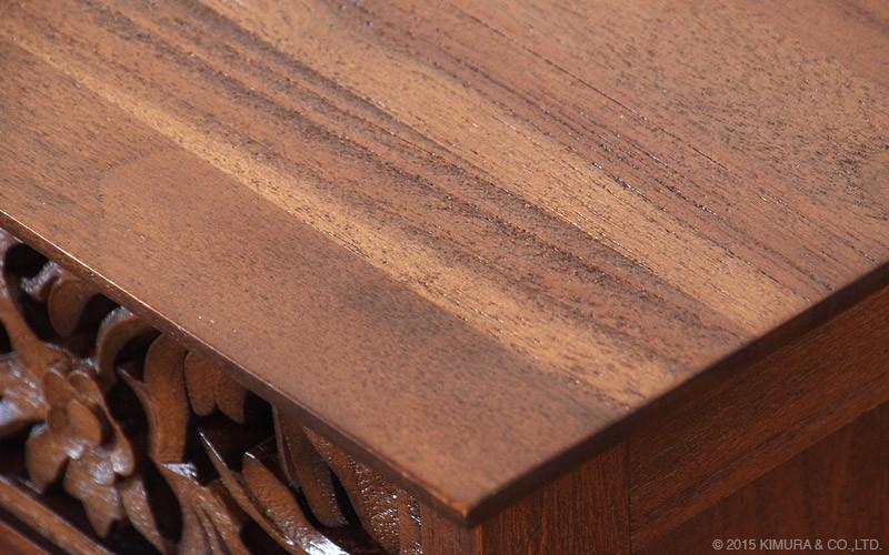 チーク無垢木を贅沢に使用したテレビ台です