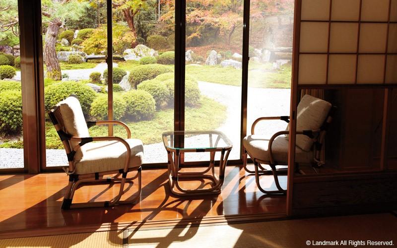 旅館やホテル仕様のラタン籐チェア