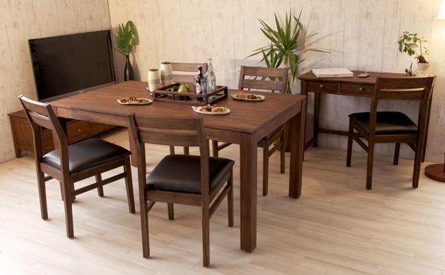 アジアンスタイルなお部屋づくりにはもちろん、北欧、カフェ部屋、ナチュラル、カントリー、アンティーク調、どんなお部屋にもオススメのチーク無垢木製の椅子です。
