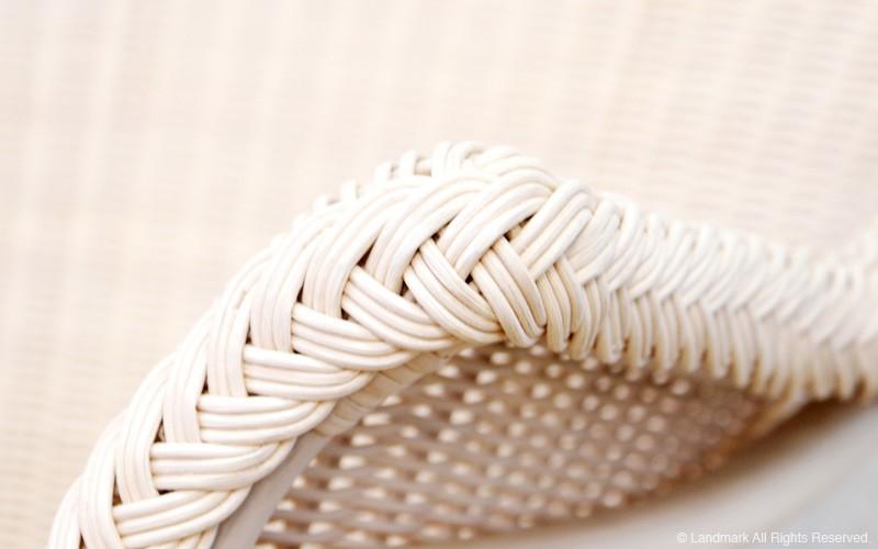 ラタン・籐を編み込んで仕上げたラタンインテリア