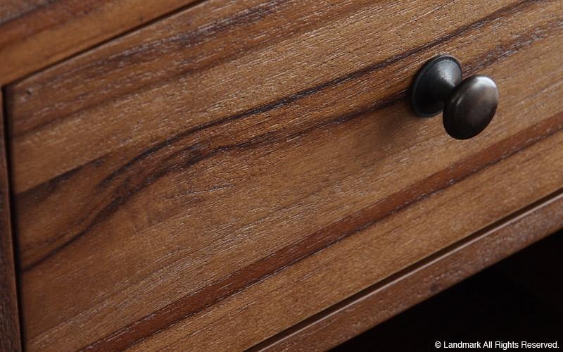 本物の木の家具ならではの木目