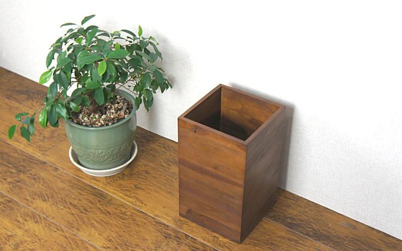 チーク無垢木製のダストボックス