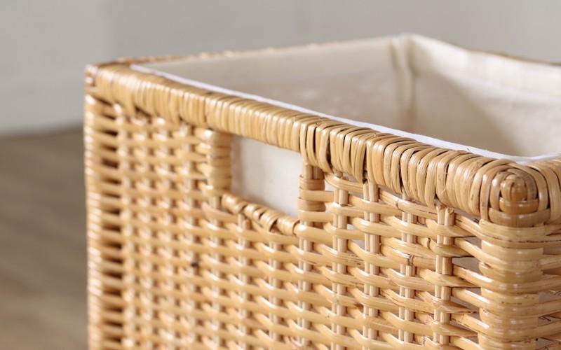 どんなものでも優しく収納できる内布付きのラタン製収納ケース