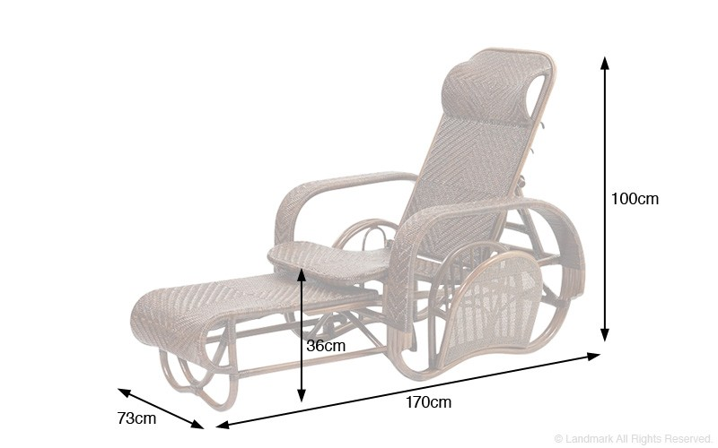 収納やコンパクトに折りたためる機能性。こだわりのデザインの籐椅子です