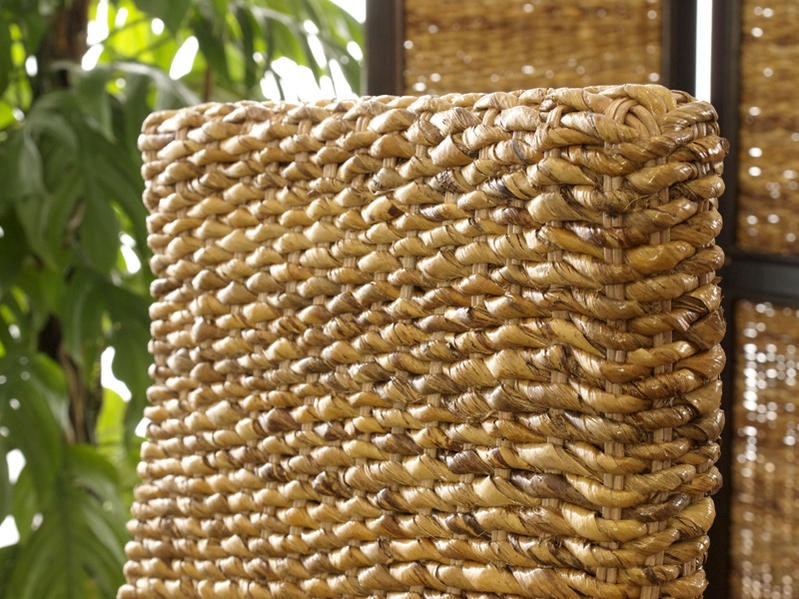 バナナリーフを編みこんで作ったエスニックでアジアンなインテリア