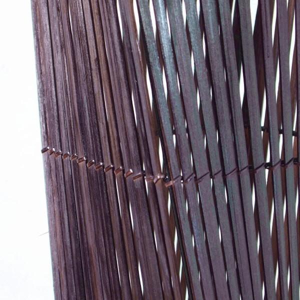 エスニックなアジアンスタイルな間接照明。バンブー(竹)製のフロアスタンドライト