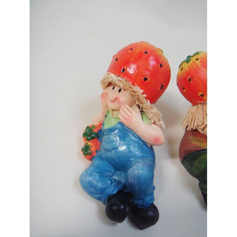 置物 寝そべり人形 イチゴ 2SET