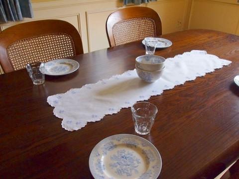 テーブルクロス テーブルランナー 刺繍