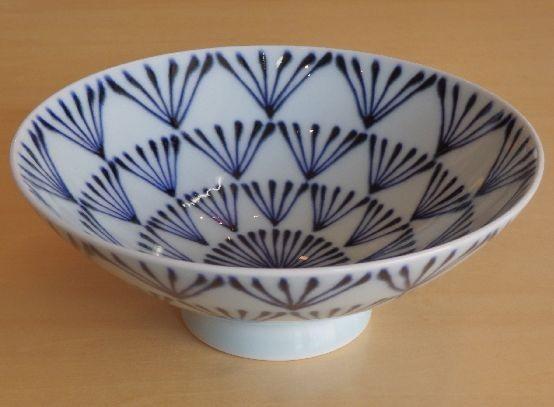 【長崎・波佐見焼】白山陶器「平茶碗(P8)」飯碗大きい平ごはん茶碗デザート皿ポップ