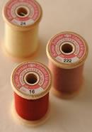 刺しゅう糸でステッチしたクレージーキルトの作品