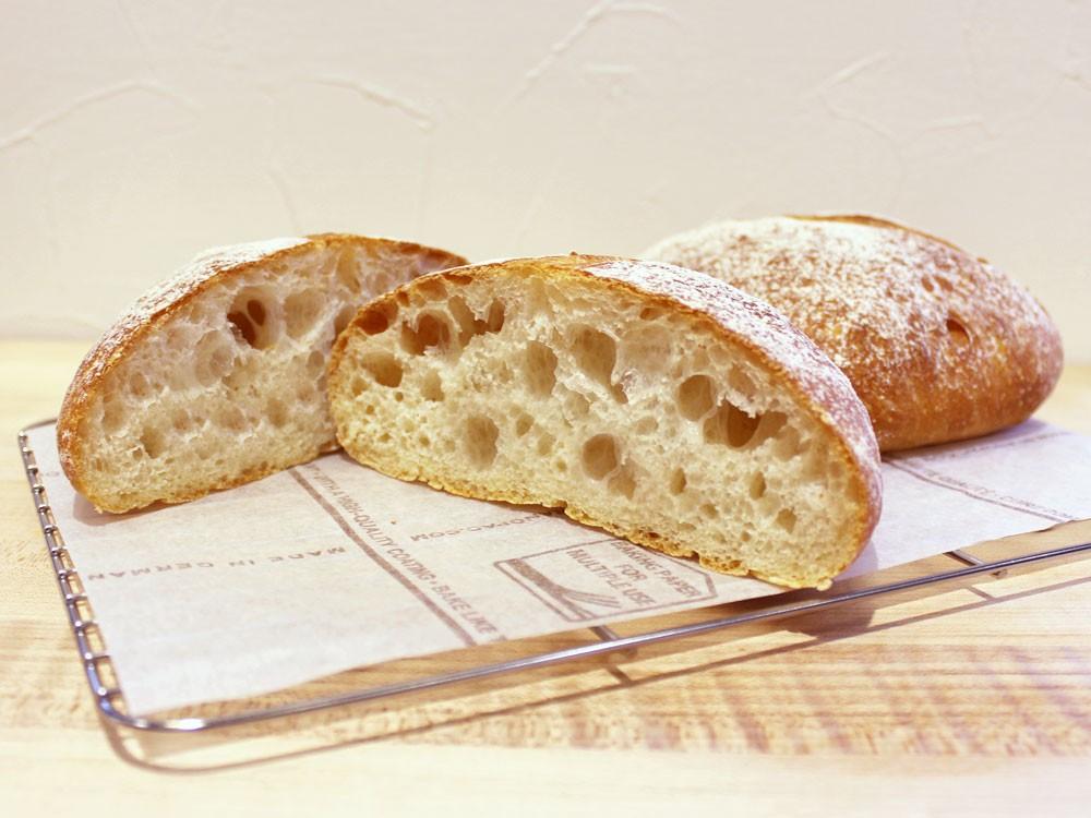 冷蔵生地法によるパン・リュスティック ~ひでちゃん小麦 はるゆたか~
