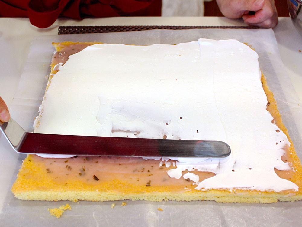 さくら餡ロールケーキ