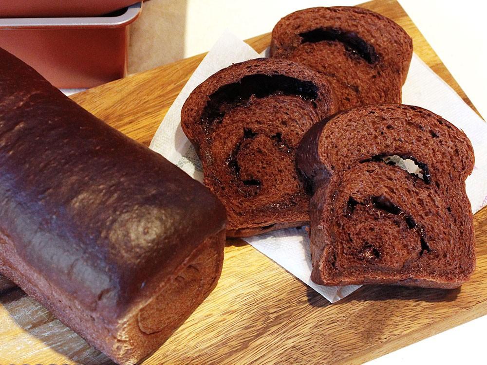 パウンド型で焼くワンローフチョコレートパン