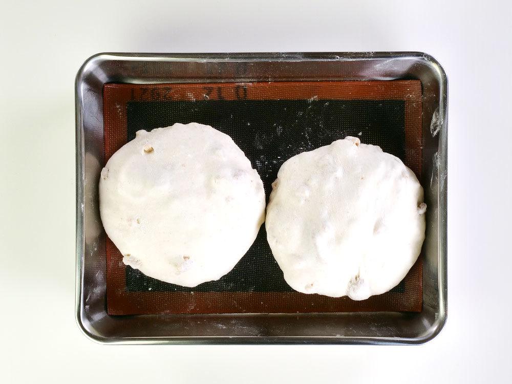 いちじくとクルミのパン~自家製いちじく酵母使用~