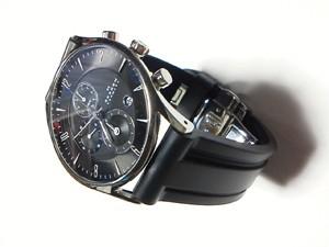 時計ベルトをモレラートのマリナーに交換したSKAGEN 329XLSLB