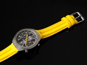 時計ベルトをモレラートのSPEEDに交換したHEUER カレラ クロノ