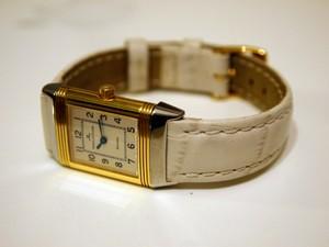 時計ベルトをモレラートのボーレに交換したジャガールクルトレベルソレディー