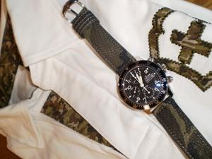 時計ベルトをモレラートのCRICKET CAMOUFLAGEに交換したSINN103