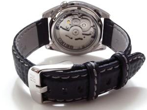 時計ベルトをモレラートのバイキングに交換したセイコー5 SNK385KC